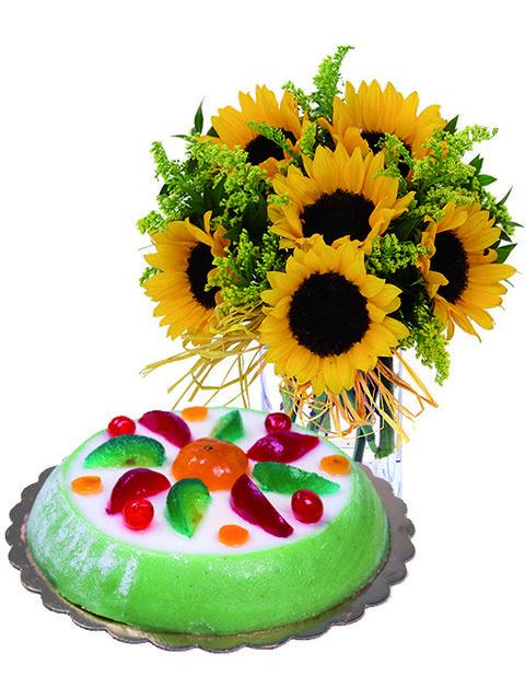 Bouquet girasoli con cassata siciliana