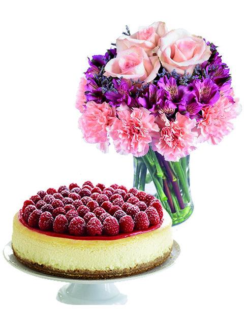 Rose-e-alstroemerie-con-torta